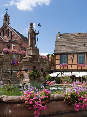 Place du Chateau - Eguisheim